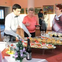 Жюри оценивает работу конкурсантов от ресторана «Эдем».