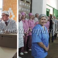 О.Кувшинников интересуется производством молочных продуктов. С приездом главы региона актуальные вопросы сокольчан решаются мгновенно.