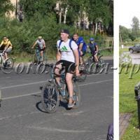 Среди велосипедистов люди разных возрастов. Новый арт-объект выкован в сокольской кузнице по эксклюзивным чертежам.